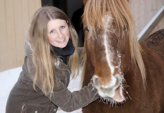 Mona_hest